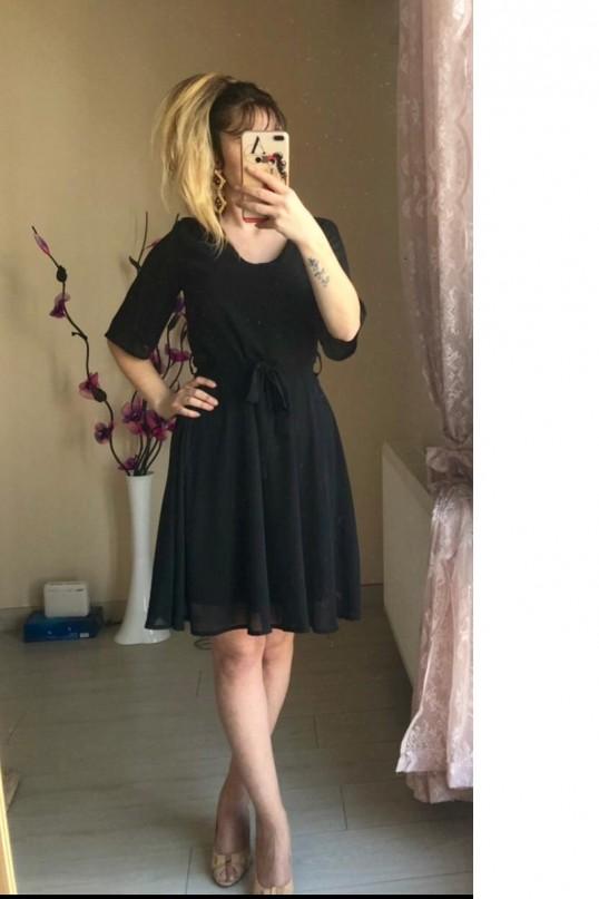 V Yaka Düz Kısa Şifon Elbise Siyah