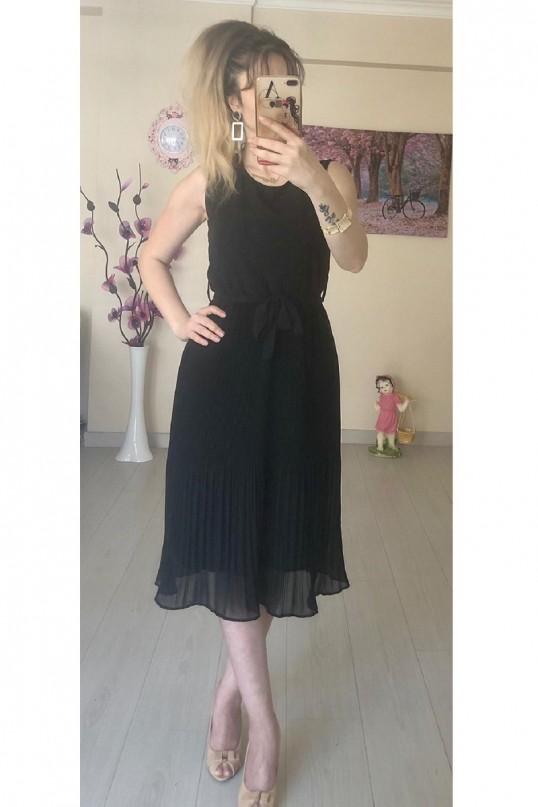 Sıfır Kol Kısa Siyah Fırfırlı Elbise