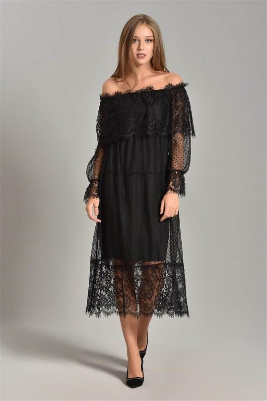 Siyah güpür detaylı elbise büyük beden