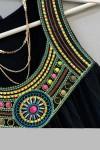 Sıfır Kol Yakası Boncuk İşlemeli Elbise Siyah