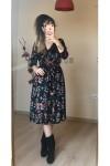 Kısa Kırmızı Mini Çiçekli Kadife Elbise
