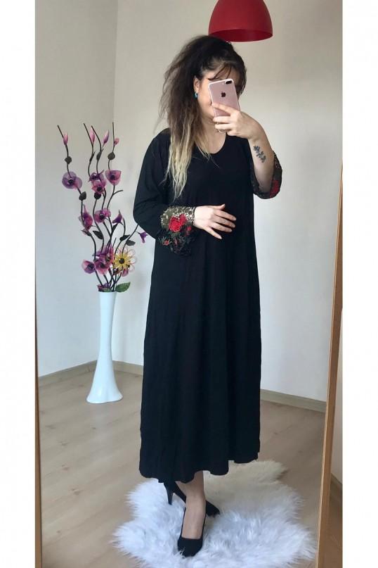 Kol Ucu Dantelli Penye Elbise