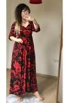 Öpücük Yaka Kırmızı Çiçekli Elbise
