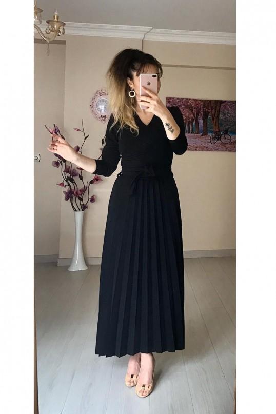 Uzun Pileli Mira Kumaş Elbise Siyah